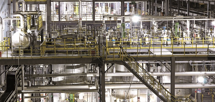 06 青岛海湾集团新河产业园区年产1.5万吨二乙芳胺生产线引进世界最先进的技术与装备,建成后为国内首套应用自主醇法工艺的全自动生产线.jpg